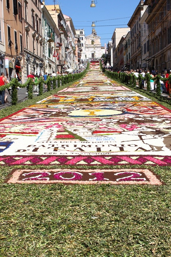 Genzano-Roma-infioria-bloementapijt (1)