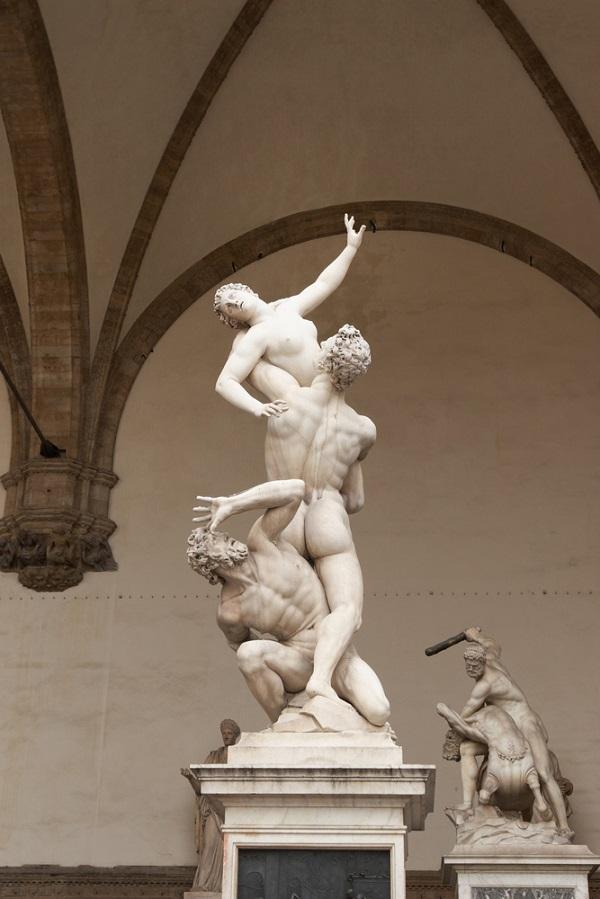 Giambologna-Florence-Sabijnse-maagdenroof-Loggia-Lanzi (3)