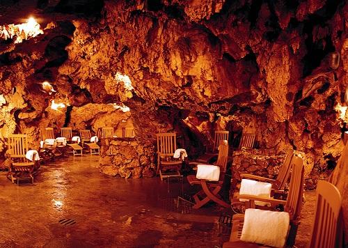 Grotta-Giusti