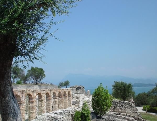 Grotte-Catullo