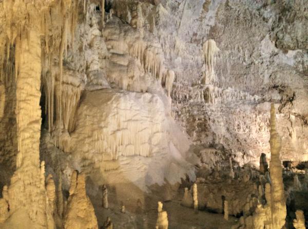 Grotte-di-Frasassi (12)