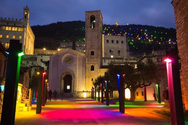 Gubbio-Umbrie-kerstboom-kerst (1)