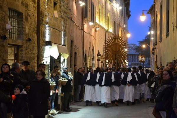 Gubbio-processie-Goede-Vrijdag (1)