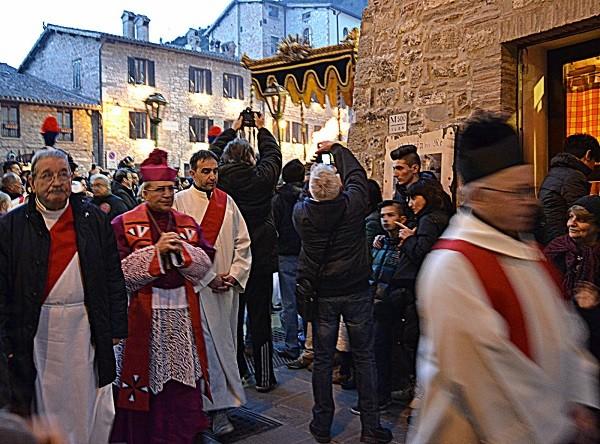 Gubbio-processie-Goede-Vrijdag (2)