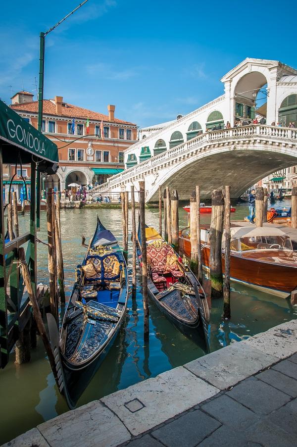 Het-Venetië-van-Donna-Leon-Brunetti-Rialto