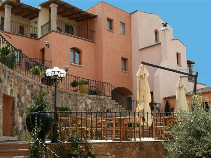 Hotel-Arathena-Sardinie-2