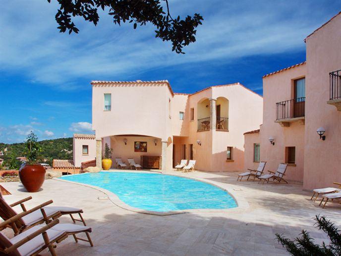 Hotel-Arathena-Sardinie