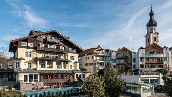 Hotel-Villa-Kastelruth-Zuid-Tirol-Dolomieten-Italië (15)