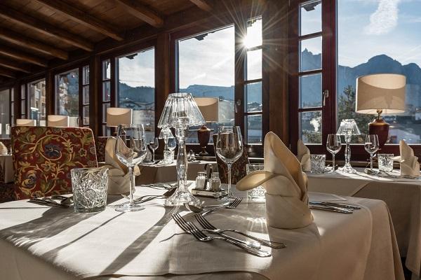 Hotel-Villa-Kastelruth-Zuid-Tirol-Dolomieten-Italië (19)