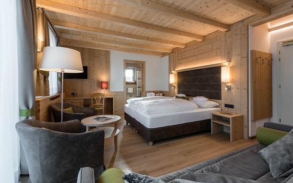 Hotel-Villa-Kastelruth-Zuid-Tirol-Dolomieten-Italië (27)