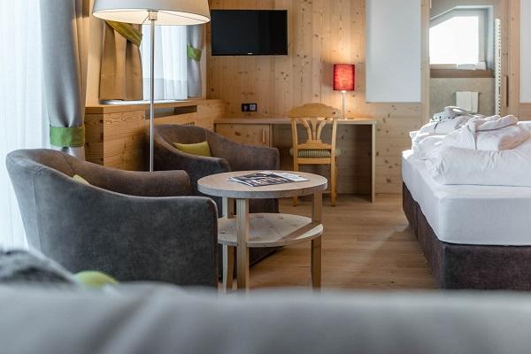 Hotel-Villa-Kastelruth-Zuid-Tirol-Dolomieten-Italië (3)