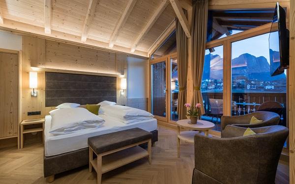 Hotel-Villa-Kastelruth-Zuid-Tirol-Dolomieten-Italië (31)