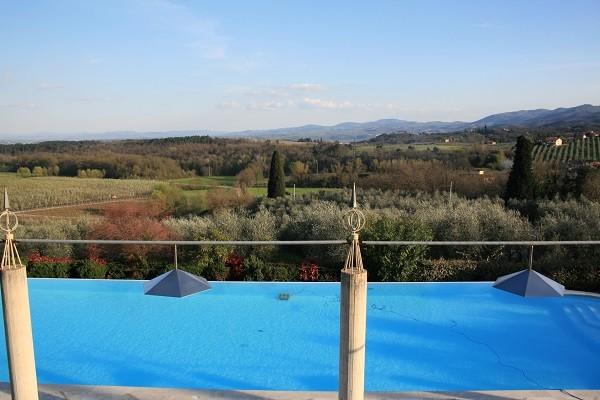 Hotel-Villa-Palagina-Toscane-2