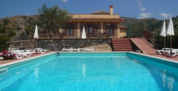 Il-Poggio-Eliza-was-here-Sicilië (4)