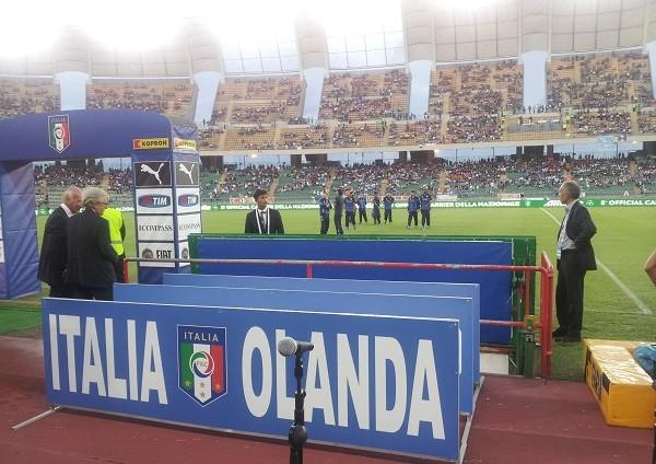 Isaac-van-Aggelen-Italie-Nederland-tolk-voetbal-3