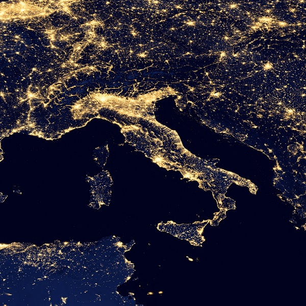 Italy-by-night-1