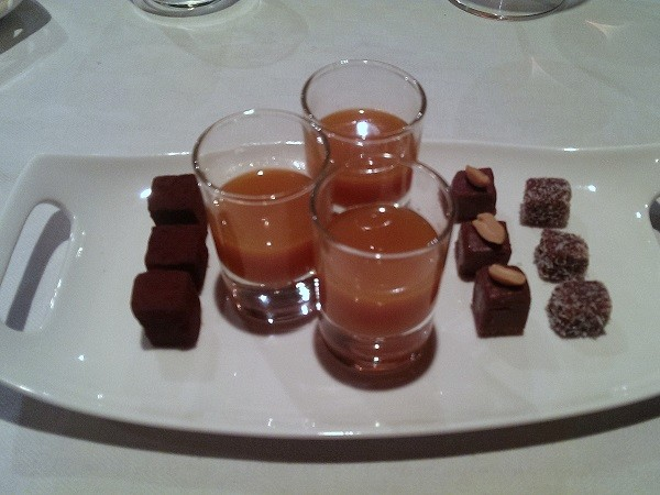 La-Stüa-de-Michil-Zuid-Tirol-wijnkelder-bonbons