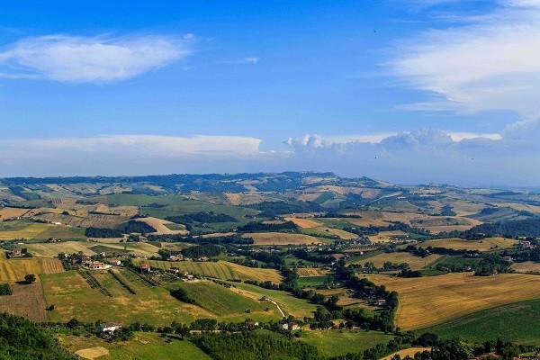 Le-Marche-Fermo-uitzicht-Cattedrale