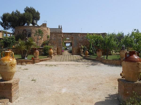 Lecce-masseria-Puglia (4)
