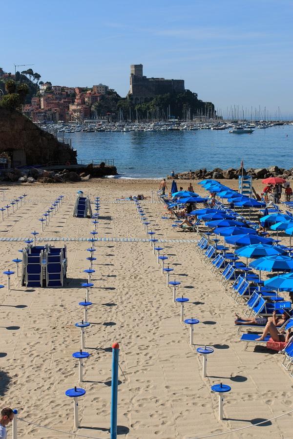 Lerici-strand-Ligurië