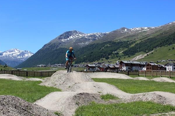 Livigno-mountainbiken-bergen (2)