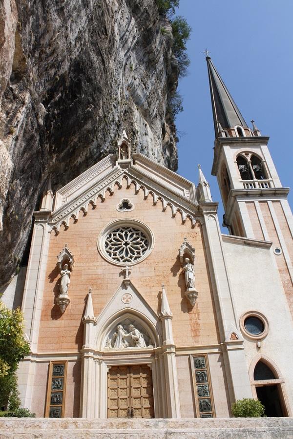 Madonna-della-Corona-Garda (1)