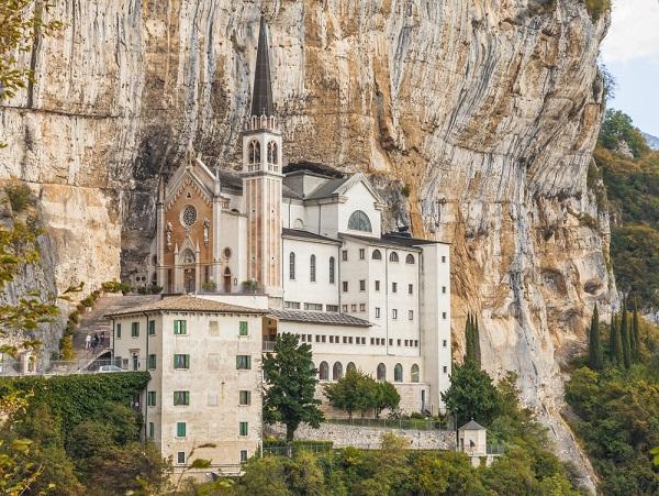 Madonna-della-Corona-Garda (3)