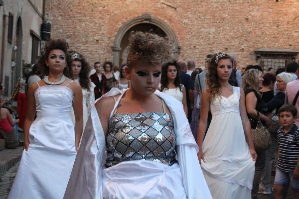 Mercantia-theater-festival-Certaldo-Toscane (1)