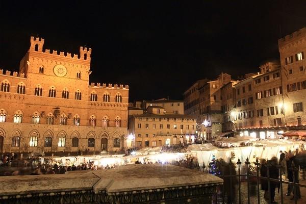 Mercato-del-Campo-Siena (3)