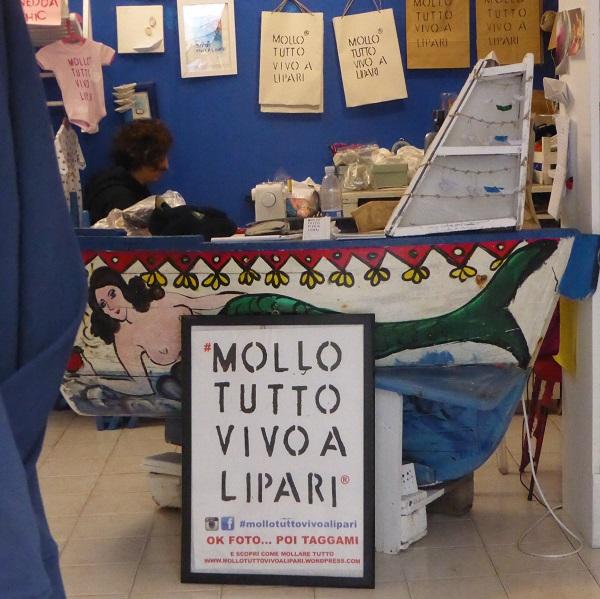 Mollo-tutto-vivo-a-Lipari (2)