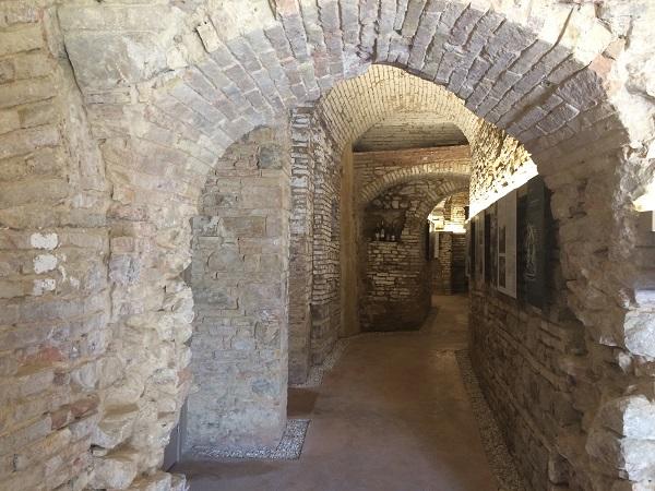 Museo-in-Grotta-Cupramontana-Le-Marche (3)