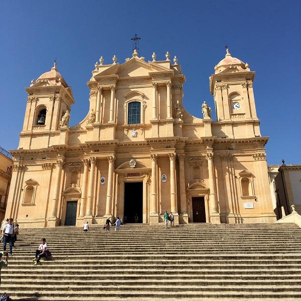 Noto-kathedraal-SIcilië (2)