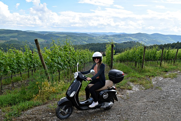 Op-een-Vespa-door-Toscane (1)