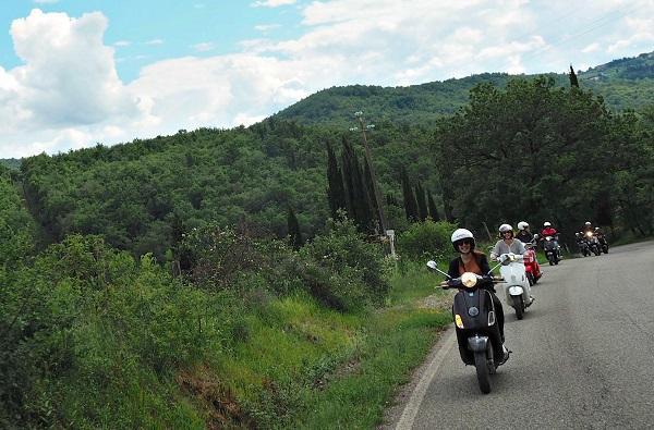 Op-een-Vespa-door-Toscane (25)