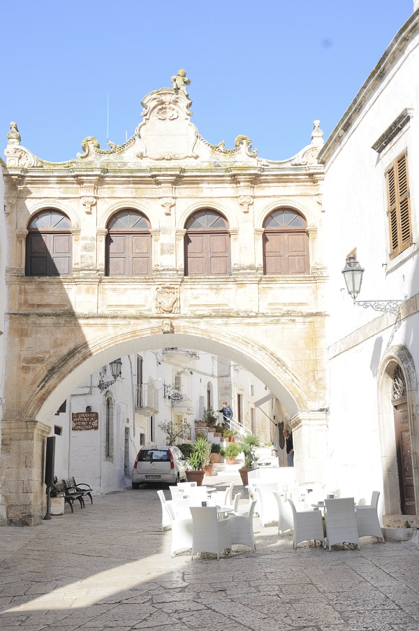 Ostuni-plein-kathedraal (1)