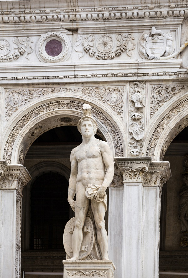 Palazzo-Ducale-Scala-dei-Giganti-2
