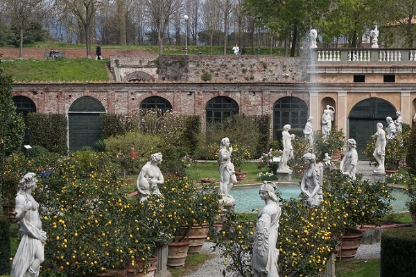 Palazzo-Pfanner-Lucca (5)