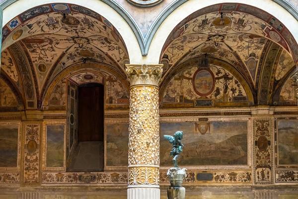 Palazzo-Vecchio-Florence (2)