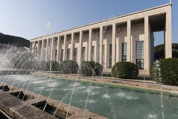 Palazzo-degli-Uffici-EUR-Rome