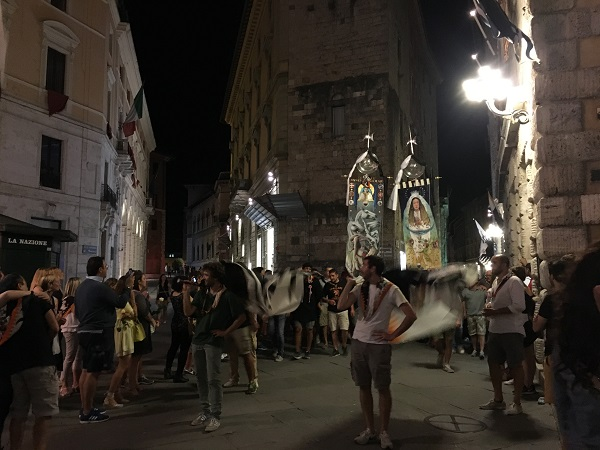 Palio-augustus-2016-Lupa-cappotto (4)