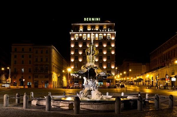 Piazza-Barberini-Rome (1)