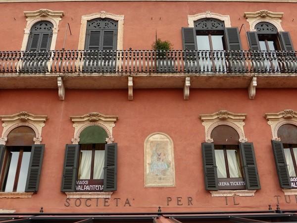Piazza-Bra-Verona (2)