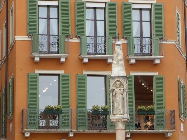 Piazza-Bra-Verona (8)