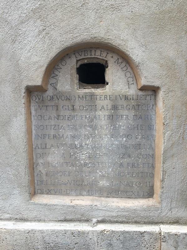 Piazza-Coppelle-jubeljaar-gedenksteen