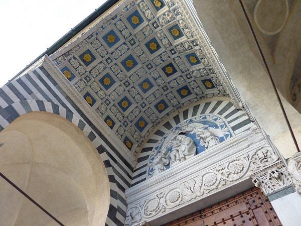 Piazza-Duomo-Pistoia (2)