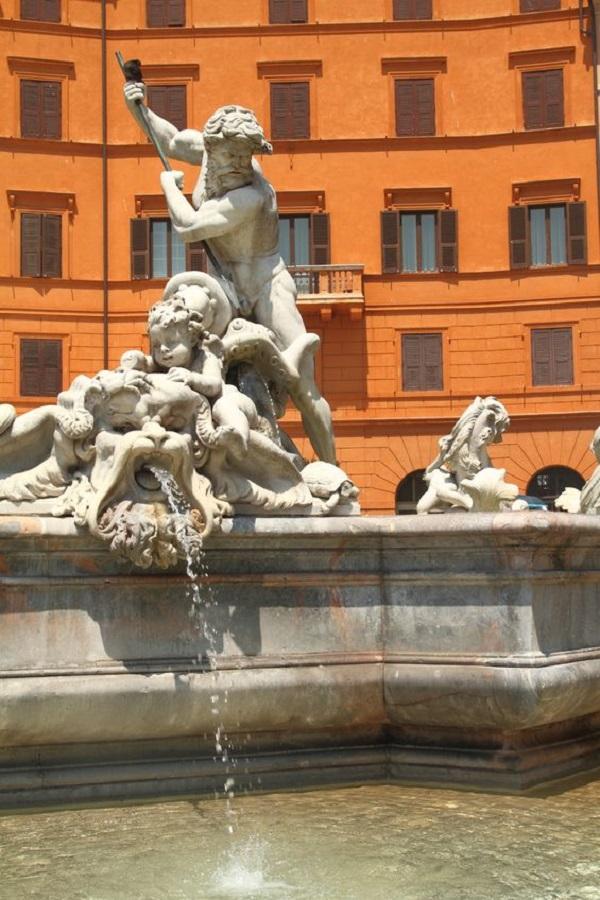 Piazza-Navona-fontein (1)