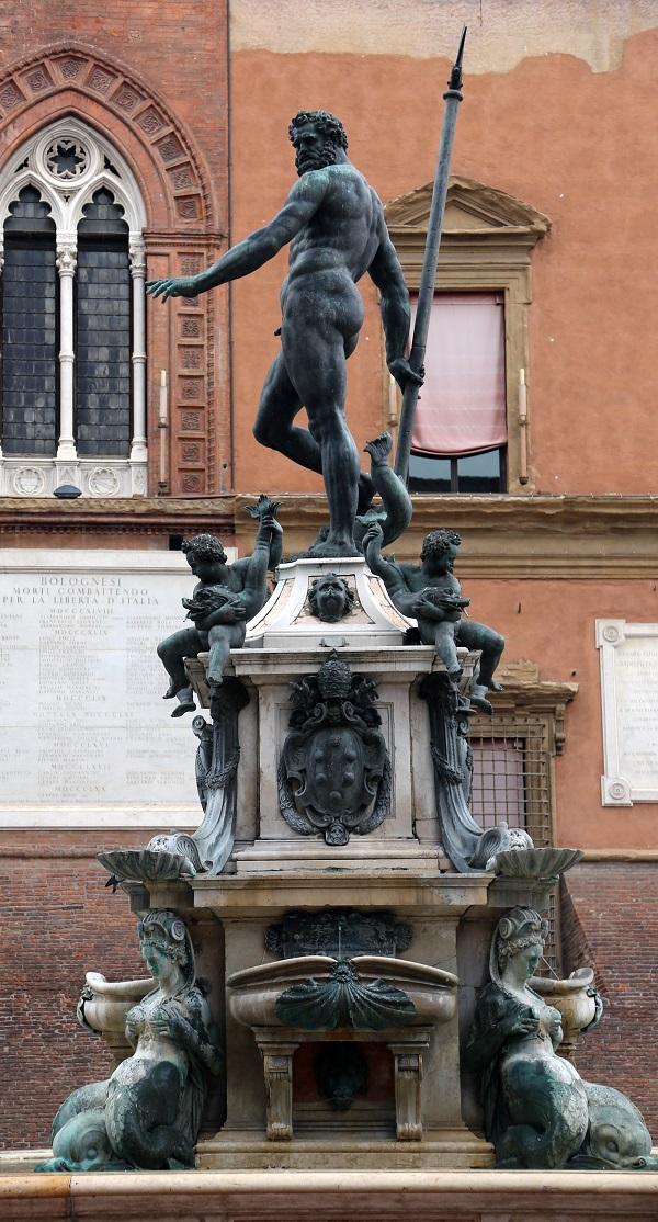 Piazza-Nettuno-Bologna-2