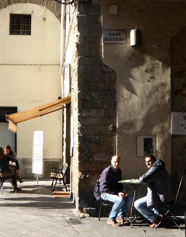 Piazza-San-Pier-Maggiore-Florence (5)