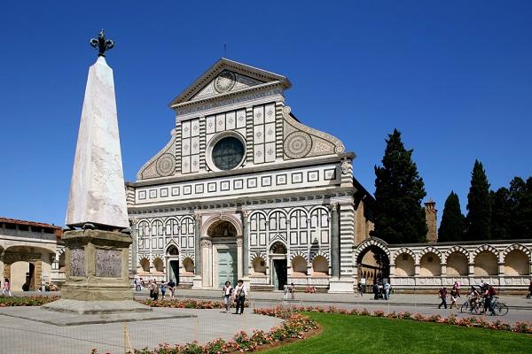 Piazza-Santa-Maria-Novella-Florence (1)