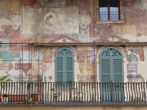 Piazza-delle-Erbe-Verona (3)